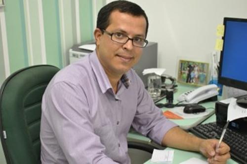 paulo-afonso-fm-1049-estreia-sua-nova-programacao-com-uma-entrevista-exclusiva-do-secretario-da-saude-alexei-vinicius